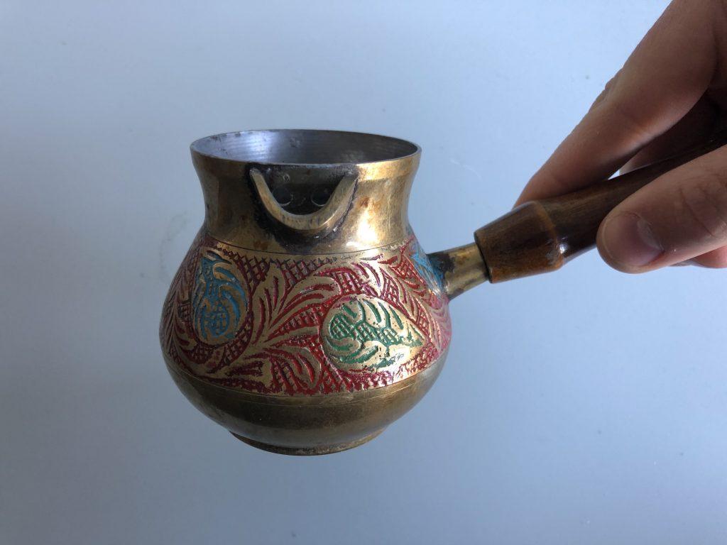 Tradiotoneel Arabische koffie